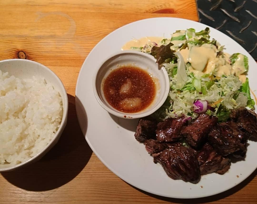 JR高槻駅すぐの「炭火焼肉ぎゅうぎゅう」焼肉丼ランチはコスパ最高