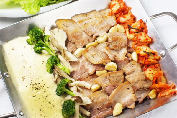 韓流好きなら純韓国料理チャンチ!(純豆腐)スンドゥブランチやサムギョプサルが超おすすめだよ!