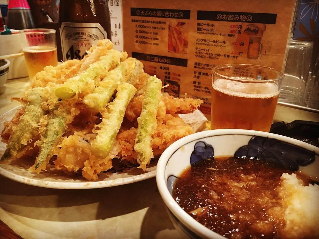 深夜0時オープン?堺漁港直送の新鮮な魚介が魅力の天ぷら屋「大吉」常連ならアサリの貝殻は下に捨てよう!